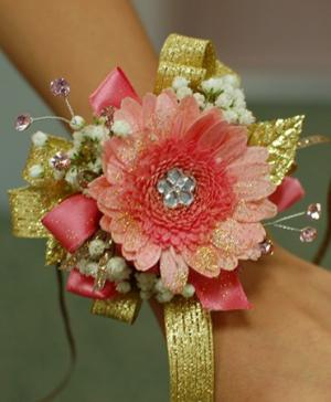 Pink & Gold Daisy Prom Corsage Prom Corsage in Canon City, CO | TOUCH OF LOVE FLORIST AND WEDDINGS