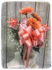 PEACH PERSUASION  Spring Arrangement