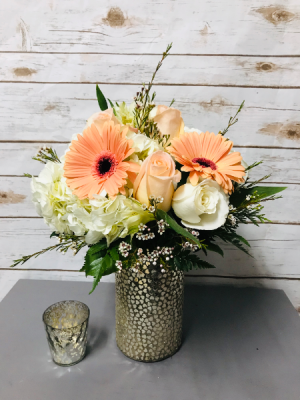 Peaches and Cream Arrangement in Weymouth, MA | DIERSCH FLOWERS
