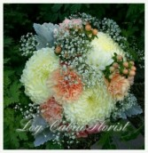PEACHES AND CREAM CLUTCH BOUQUET