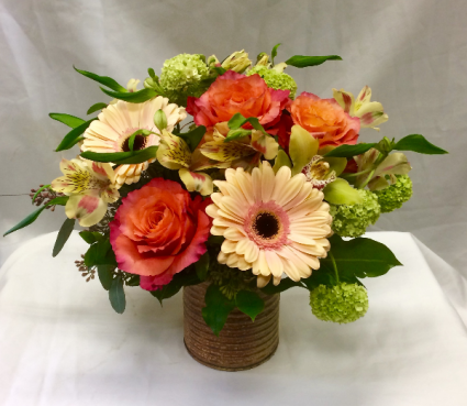Peaches and Cream Fresh Floral Design