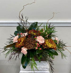 Peachy Fall Centerpiece  in Melbourne, FL | VIOLETS IN BLOOM