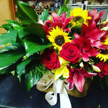 peanut Flower and plant combo floral arrangement
