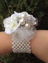 Pearl Heaven Wrist Corsage