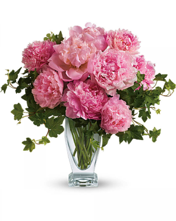 Peony perfection! Everyone loves  peony arrangements