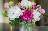 Peony & Ranunculus seasonal Valentine