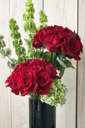 PERFECT LOVE ELEGANT MIXTURE OF FLOWERS