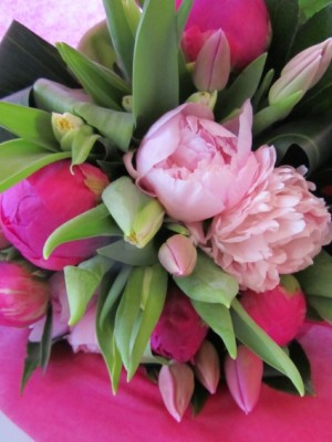 PERFECTLY PINK Peony and Tulip Hand-tied Bouquet in Woodbridge, ON | PRIMAVERA FLOWERS & MORE