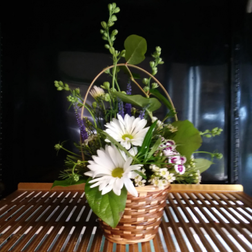 Petitely Pretty Basket