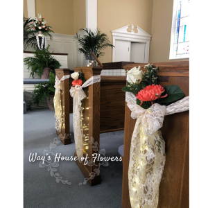 Pew Flowers  in Albany, GA | WAY'S HOUSE OF FLOWERS