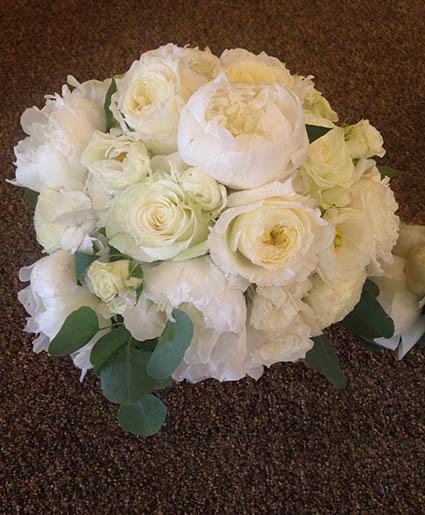 Picturesque Pearls Bouquet