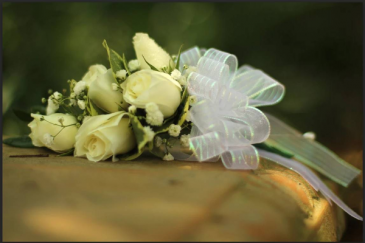 Pin-On Corsage