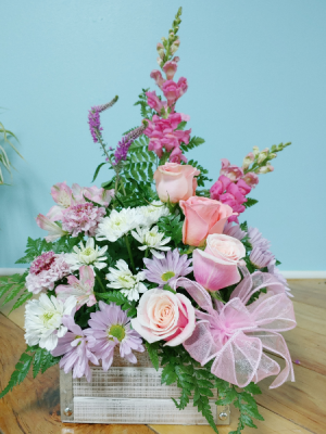 Pink and pretty box  in Ocala, FL | Artistic Flowers Of Ocala