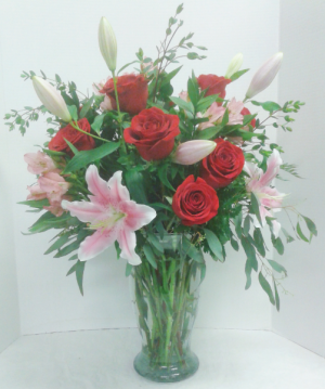 Lady in Red  in Tottenham, ON | TOTTENHAM FLOWERS & GIFTS
