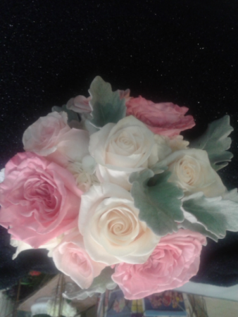 PINK AND WHITE BOUQUET Hand tied bridal bouquet