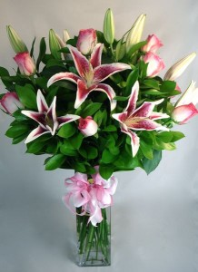 Pink Beauty! Lovely roses and Lily's!