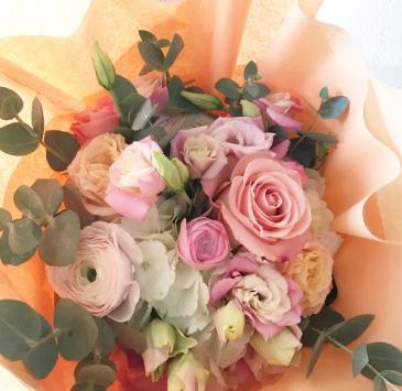 Pink Blooms Handtied Bouquet