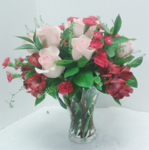 Pink Blush  in Tottenham, ON | TOTTENHAM FLOWERS & GIFTS