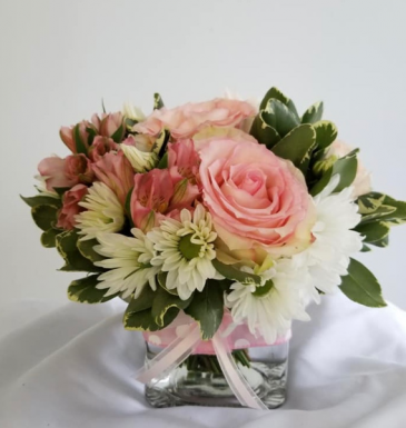 Pink Blush Hand-tied Design