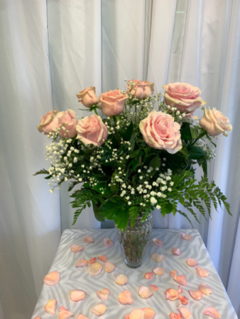 Pink Classic Roses Valentines Day