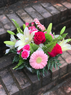 Medium Designer's Choice Floral Arrangement in Sharpsburg, GA | BEDAZZLED FLOWER SHOP