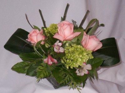 PINK ET AL Prince George BC Flowers, Roses, Gifts, & or Chocolates Prince George BC. Flowers in Prince George BC