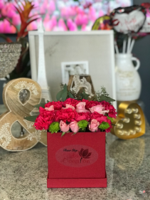 Pink  Fresh arrangement