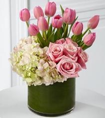 Pink Kisses Arrangement