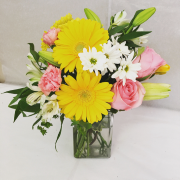 Pink Lemonade Floral arrangement