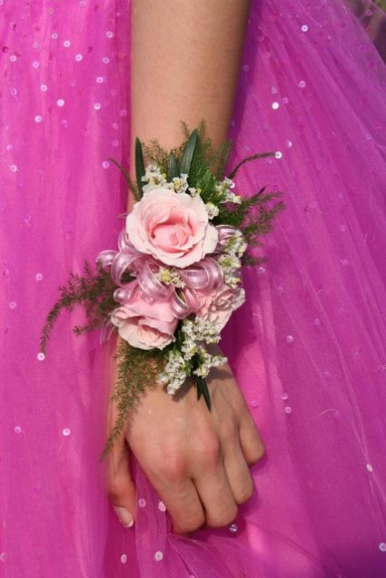 PINK PASSION Corsage