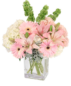Pink Princess Vase Arrangement in Yankton, SD | Pied Piper Flowers & Gifts