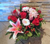 Pink & Red Vase arrangment