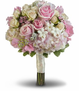 Pink Rose Splendor Bouquet H1901A