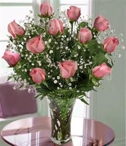 Pink Rose Splendor Dozen Roses Arranged