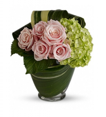 Pink roses and green hydrangea  Vase