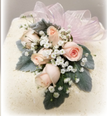 PINK SIMPLICITY Wrist Corsage