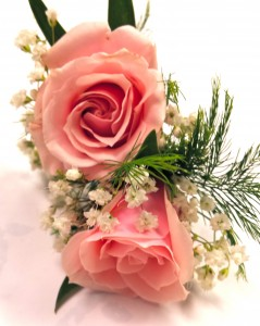 Pink Spray Rose Boutonniere Boutonniere