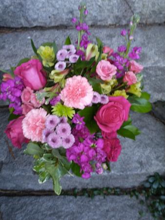Pink surprise Clear vase design