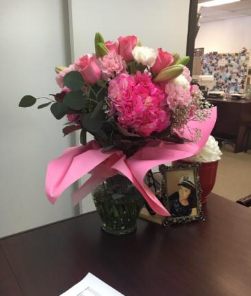 pink surprise vase
