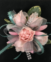Pink & Teal prom