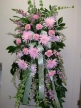 pink & white standing spray
