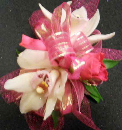 Pinkalicious Prom Wristlet-Corsage