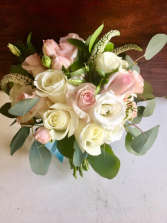 Pinks and whites bridal bouquet