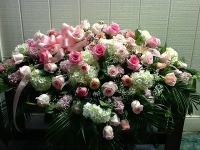 Pinks and Whites Casket Cover