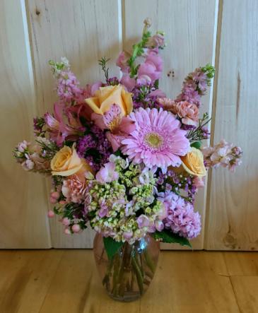 Pinks & Peaches Designer's Choice Vased Arrangement