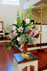 Pinksy Pink Church Flowers
