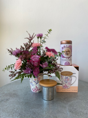 Pinky Up Tea and Flower Set  in La Grande, OR | FITZGERALD FLOWERS