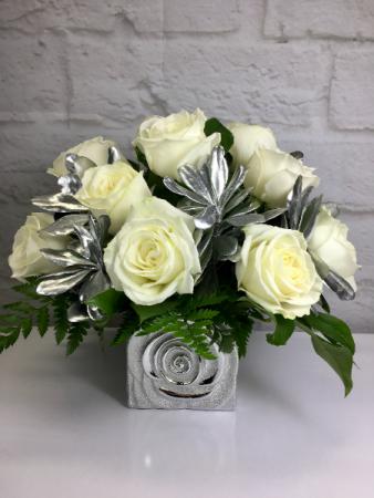 Platinum Roses  Rosette Cube