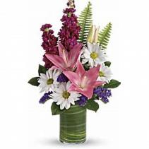 Playful Daisies Fresh Vase Arrangement