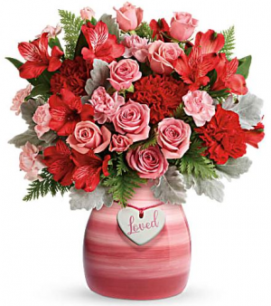 Playfully Pink Bouquet   in Chesapeake, VA | Floral Creations